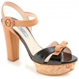 Sandali con plateau Prada in pelle nero e cuoio